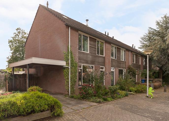 Van Limburg Stirumware 28 in Zwolle 8014 PA
