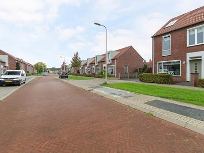 Rozenstraat 30 in Raalte 8102 ZP