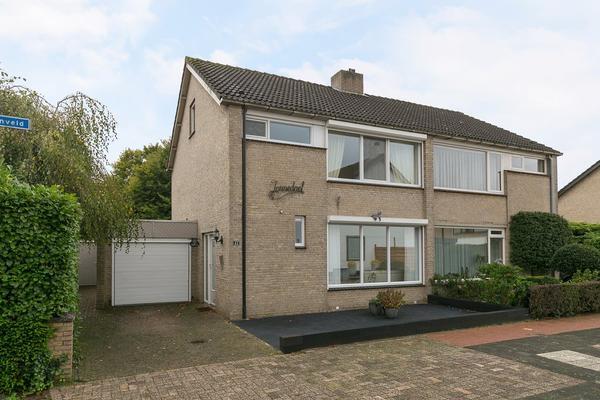 Nonnenveld 42 in Oosterhout 4901 ZR