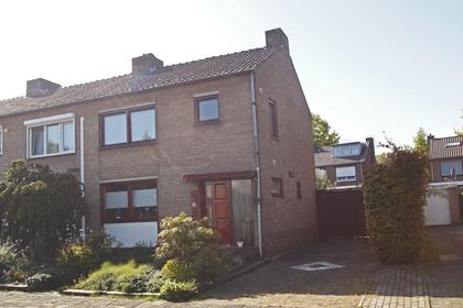 Schoonbroodstraat 10 in Geleen 6165 VB