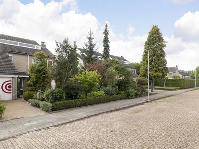 Dr. Poelsstraat 37 in Standdaarbuiten 4758 AM