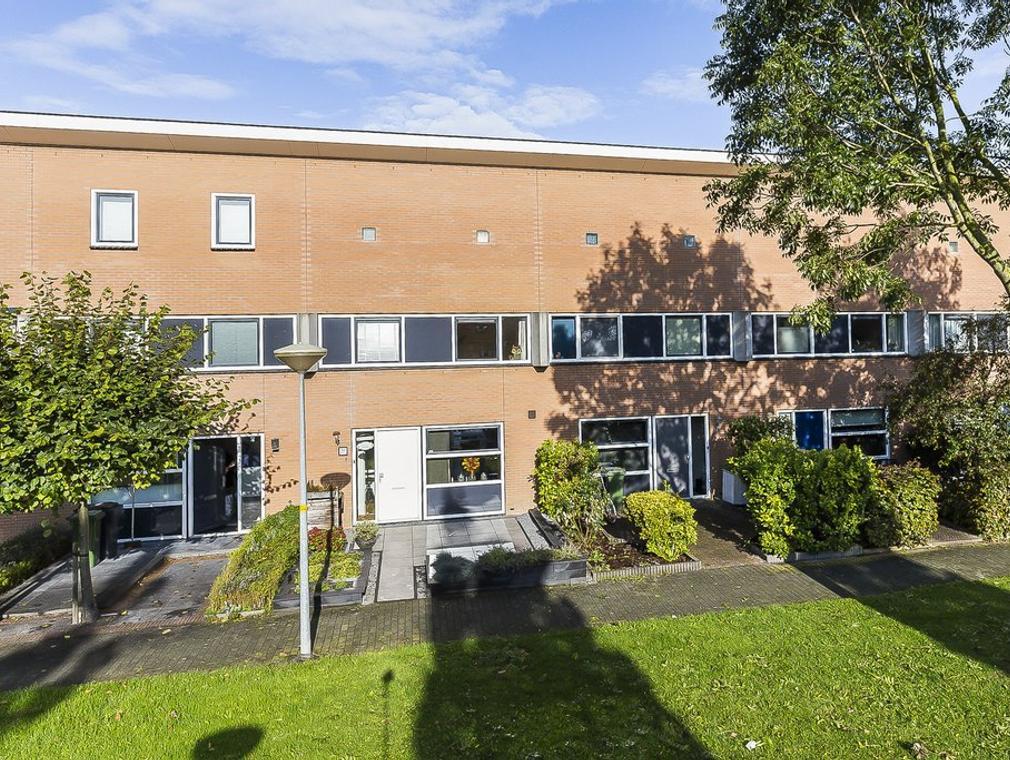 Ottenstein 52 in Nieuw-Vennep 2151 HP