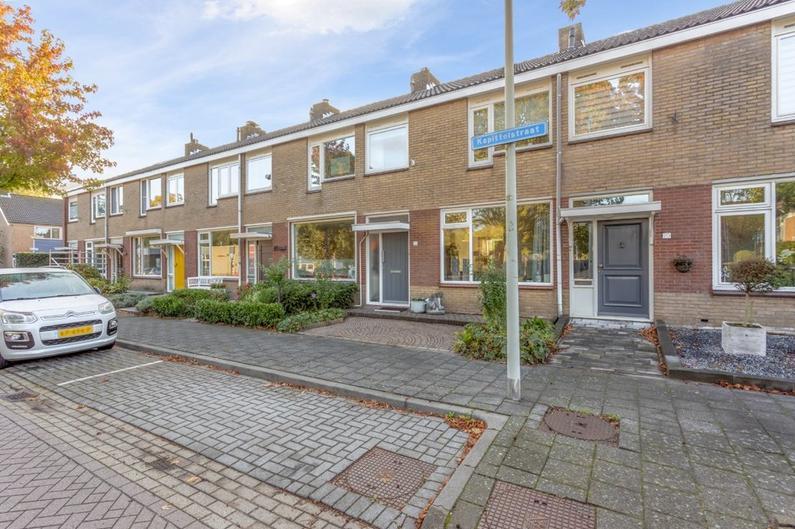 Kapittelstraat 22 in Bergen Op Zoom 4614 EL
