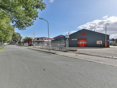 Nijverheidsweg 18 -20 in Hoogezand 9601 LX