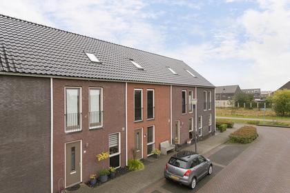 Martien Coppensstraat 26 in Waalwijk 5146 DJ