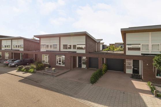 Strandwal 99 in Vlissingen 4386 HJ