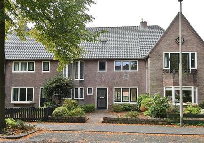 Constantijn Huijgenslaan 16 in Bussum 1401 AN