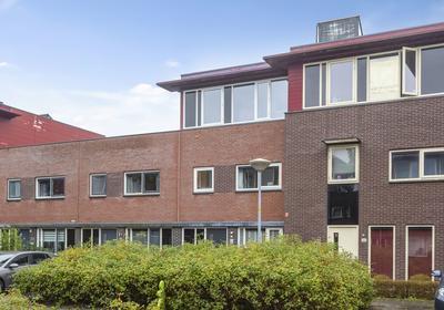 Dijkpoort 20 in Nieuw-Vennep 2152 EP