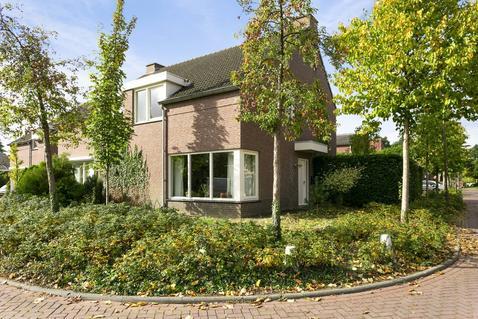 Muntsingel 48 in Herkenbosch 6075 GV