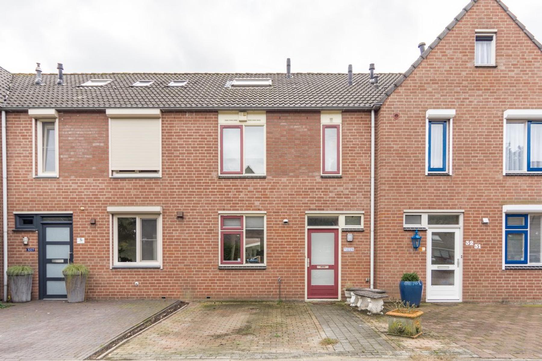 Sluiskamp 3229 in Wijchen 6605 SP