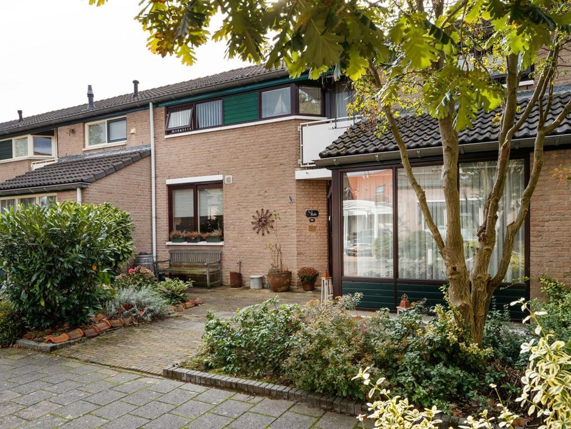 Valkenkamp 636 in Maarssen 3607 MP