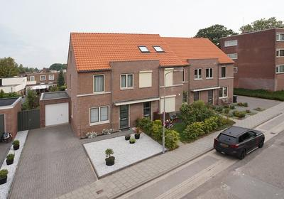 Julie Postelstraat 21 in Zevenaar 6901 MM