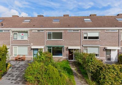 Prof Ten Doesschatestraat 67 in Heemskerk 1963 AR