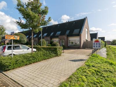 Dijkgraaf 2 in Zetten 6671 GP