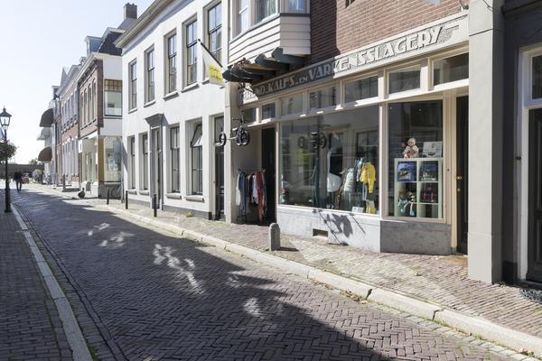 Oeverstraat 24 in Wijk Bij Duurstede 3961 AN