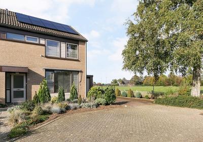 Pastoor Van Berkelstraat 64 in Sambeek 5836 BK