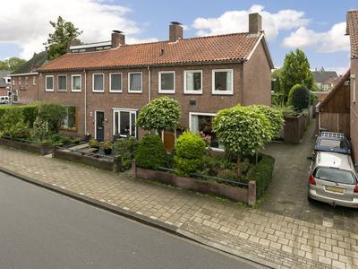 Dr. Van Damstraat 105 in Enschede 7523 XN
