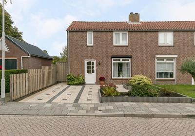 I.G.J.Van Den Boschstraat 1 in Wilhelminadorp 4475 AL