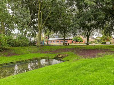 Van Godewijckstraat 71 in Hendrik-Ido-Ambacht 3341 VG