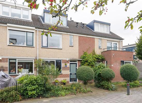 Serenadelaan 46 in Barendrecht 2992 GE
