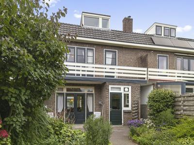 Hoge Hondstraat 8 in Deventer 7413 CA