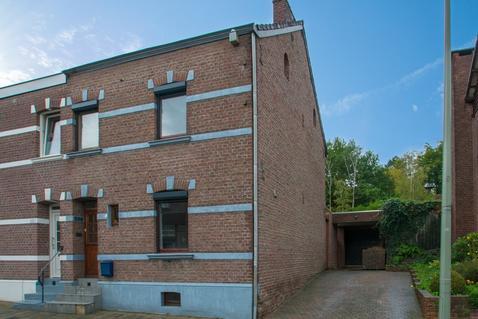 Groenstraat 209 in Landgraaf 6374 JP
