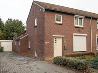 Graafschap Hornestraat 33 in Horn 6085 BT