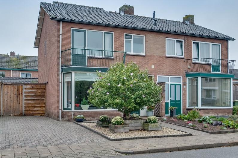 Mezenstraat 13 in Brummen 6971 XL
