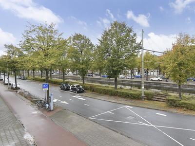 Loosduinsekade 379 in 'S-Gravenhage 2571 CG