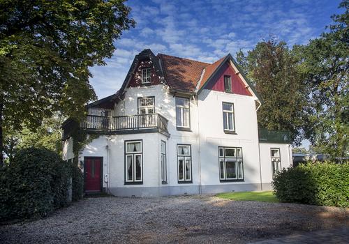 Dorpsstraat 19 in Lunteren 6741 AA