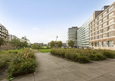 Bos En Lommerplantsoen 11 A in Amsterdam 1055 AA
