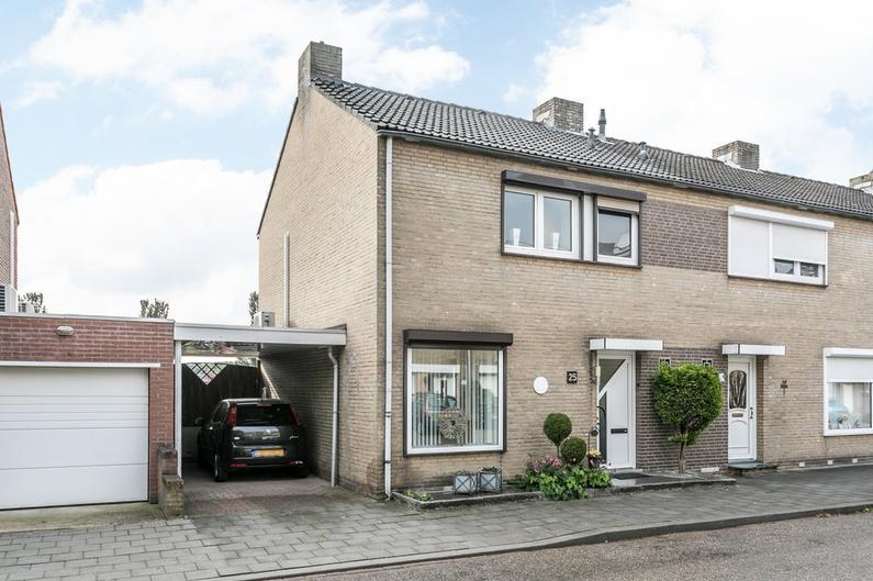 Hertogstraat 25 in Brunssum 6441 HA