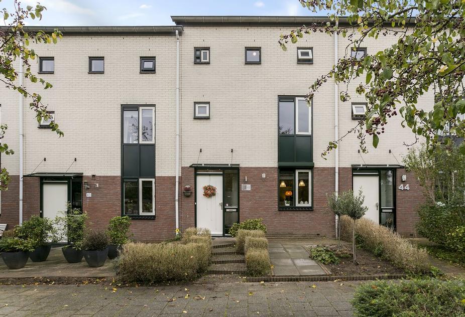 Haya Van Someren-Downerlaan 42 in Zutphen 7207 KK