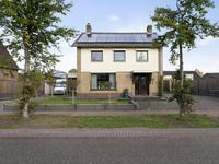 Napoleonsweg 102 in Haelen 6081 AE