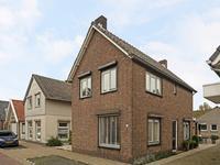 Torenstraat 44 in Numansdorp 3281 XP
