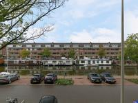 Veenendaalkade 402 in 'S-Gravenhage 2547 BA