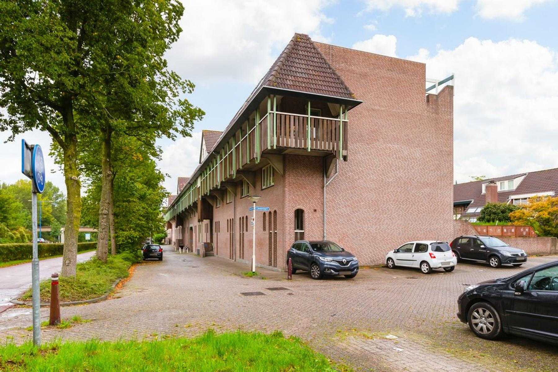 Lissenvaart 96 in Zoetermeer 2724 SN