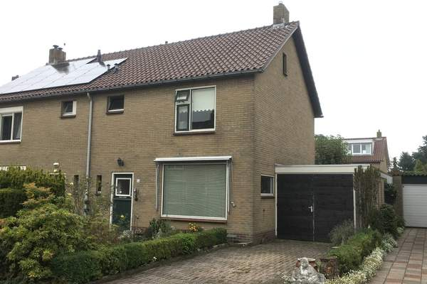 Zandsteenstraat 64 in 'T Harde 8084 XL