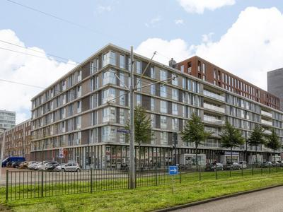 Pieter Calandlaan 1081 in Amsterdam 1069 SE