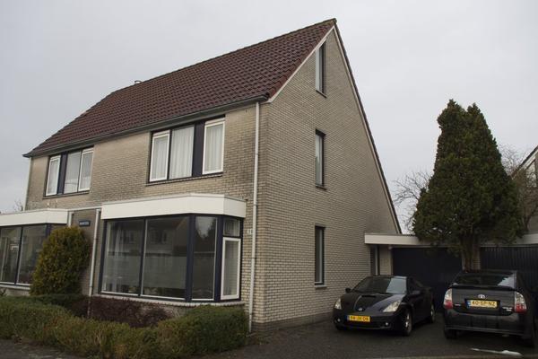 Barnsteen 39 in Hoorn 1625 RD