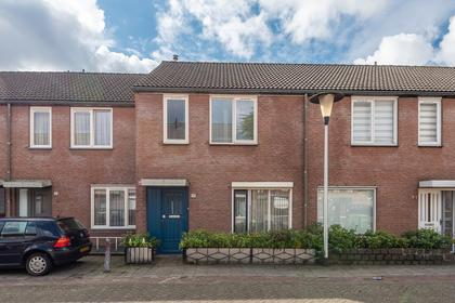 Hemelrijksestraat 19 in Helmond 5701 LD