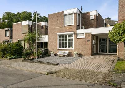 Jacob Ruysdaelstraat 5 in Kerkrade 6464 CC