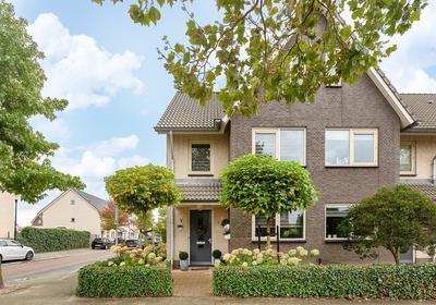 Vrijenburglaan 239 in Barendrecht 2994 HA