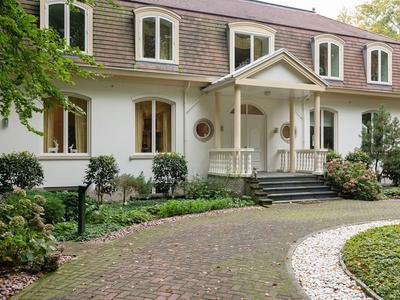 Park Vredehof 9 in Soest 3762 DT