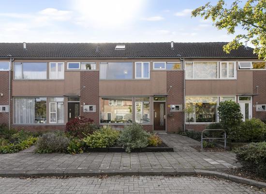 Van Der Duyn Van Maesdamstraat 61 in Twello 7391 VJ