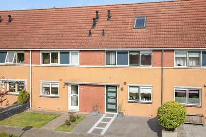 Adrienne Solserstraat 8 in Almere 1325 NT