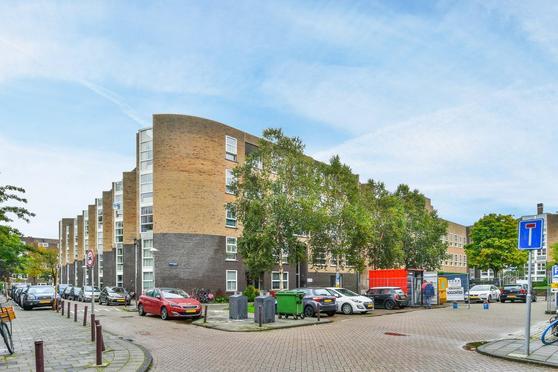 Meerhuizenplein 10 T in Amsterdam 1078 TC