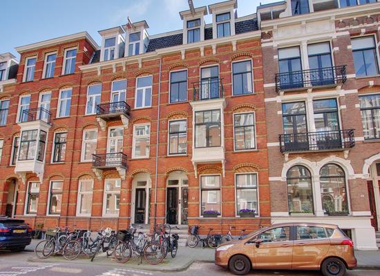 Van Eeghenstraat 49 Hs in Amsterdam 1071 EV