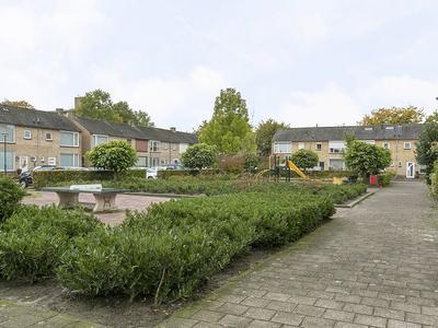 Vuurdoornhof 19 in Waalwijk 5143 BD
