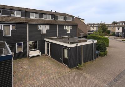 Zeggemeen 52 in Harderwijk 3844 RN